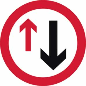 600 mm diameter Dibond Give Way to Oncoming Traffic Road Sign with channel made from Aluminum Composite sign