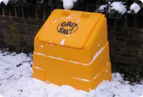 High impact and corrosive resistant polythene bins. Fully weatherproof. Open front versions allow convienent access to grit.